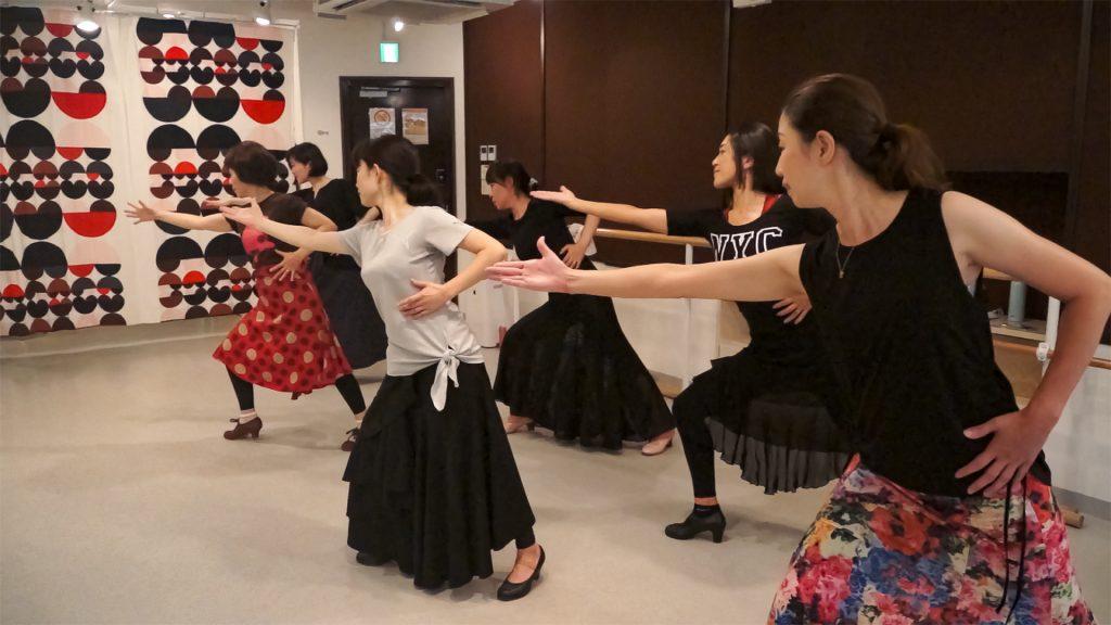 フラメンコ初心者さんが体験レッスンをして新しいフラメンコダンス生活へ|生徒の声もご紹介