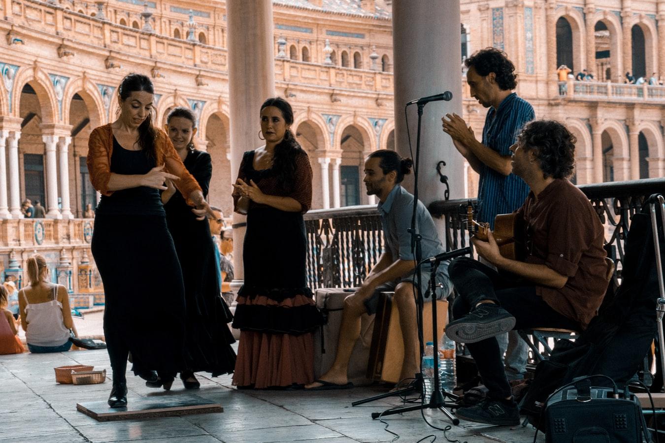 【2020】フラメンコとは|フラメンコの魅力や本場スペインについて