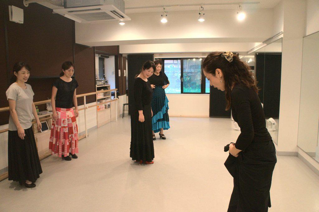 フラメンコはこどもから大人まで初心者が楽しく始められるダンス|新しい自分を発見できる!